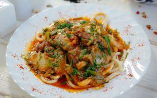 Uygur Mutfağının En Meşhuru: Lağman (Legman)