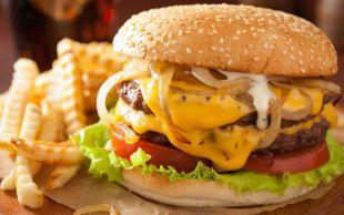 Onsuz Hep Bir Şeyler Eksik: Cheeseburger
