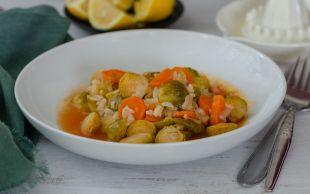 Bol Zeytinyağlı: Pirinçli Brüksel Lahanası Yemeği