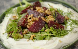 Sofra Şenlenir: Yoğurtlu Semizotlu Pancar Salatası