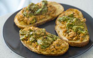 Ekmek Üstü: Zencefilli Sarımsaklı Ton Balığı