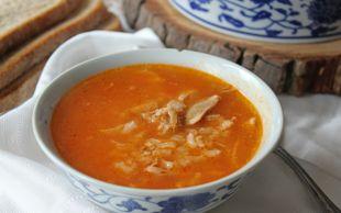 İçiniz Isınsın: Salçalı Pirinçli Tavuk Çorbası