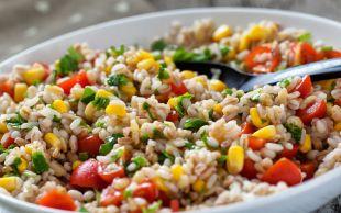 Doyuran Yancı: Renkli Pirinç Salatası