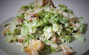 Sofralar Şenlenir: Değişik Sezar Salatası