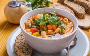 Besleyici ve Doyurucu: Sebzeli Makarna Çorbası