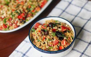 Akdeniz Esintisi: Arpa Şehriyeli Yaz Salatası