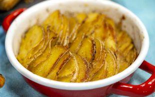 Dumanı Üstünde: Fırında Sarımsaklı Patates Dizme