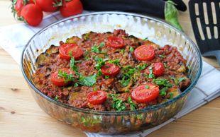 En Hafif Haliyle: Kızartmadan Patlıcan Musakka
