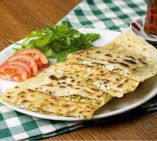 Peynirli Gözleme Tarifi Nasıl Yapılır Videolu Yemek Com Yemek Com