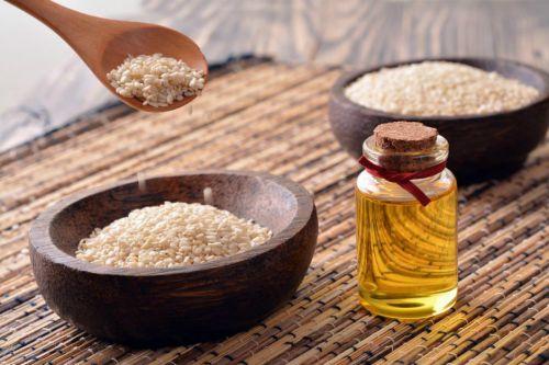Susam Yağı Saça Cilde Ve Vücuda Faydaları Ve Kullanımı Yemekcom