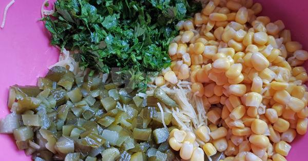 tavuklu-sehriye-salatasi-3