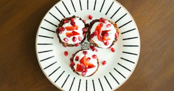 yulafli-ve-yogurt-dolgulu-tartolet-son