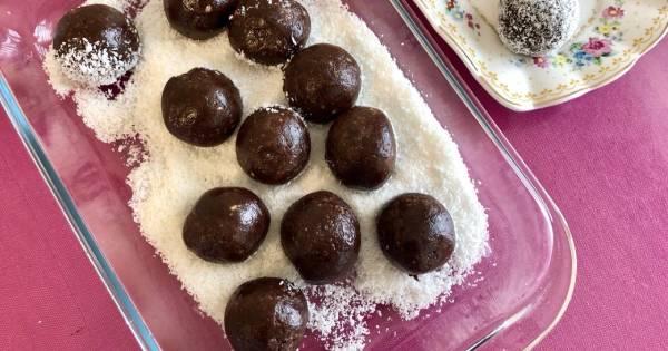 findikli-hindistan-cevizli-truffle-adim-4 (1)