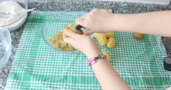 patatesli-kir-pidesi-adim-1