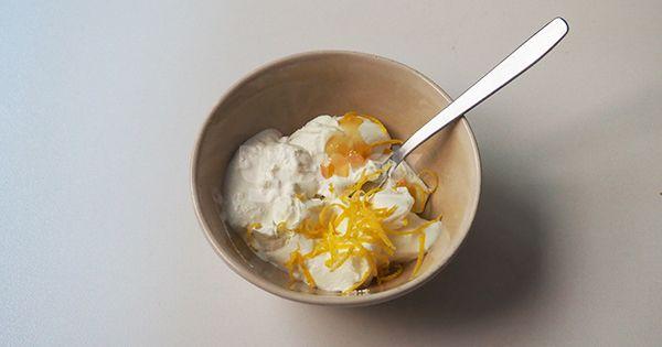yogurt-kremali-seftali-tatlisi