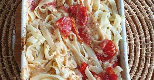 firinlanmis-domatesli-peynirli-makarna-adim-5