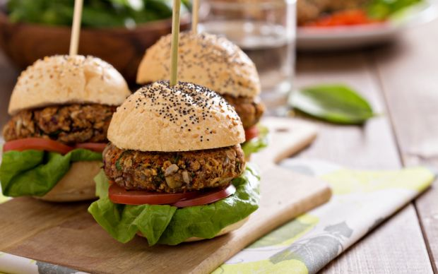 https://yemek.com/tarif/vegan-burger/ | Vegan Burger Tarifi