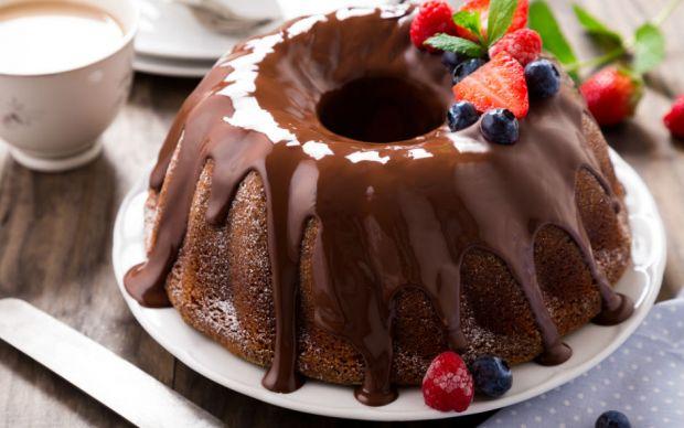 https://yemek.com/tarif/cikolatali-kek/   Çikolatalı Kek Tarifi