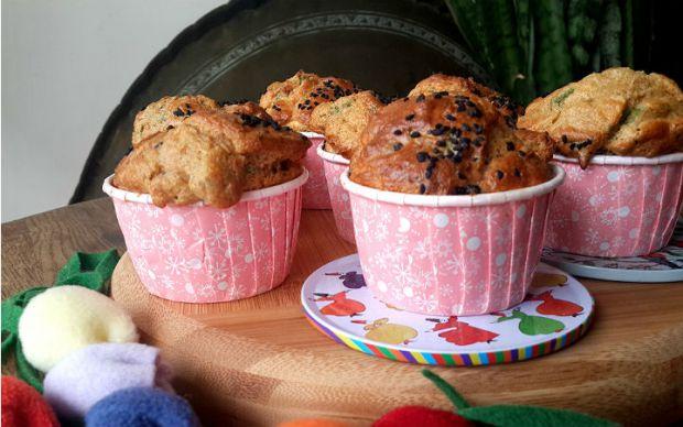 https://yemek.com/tarif/kurutulmus-domatesli-muffin/   Kurutulmuş Domatesli Muffin Tarifi