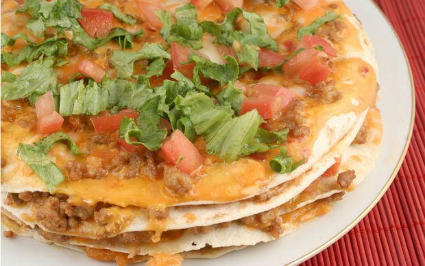 https://yemek.com/tarif/tortilla-pizza   Kat Kat Tortilla Pizza Tarifi
