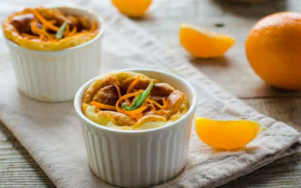 https://yemek.com/tarif/portakalli-sufle/   Portakallı Sufle Tarifi