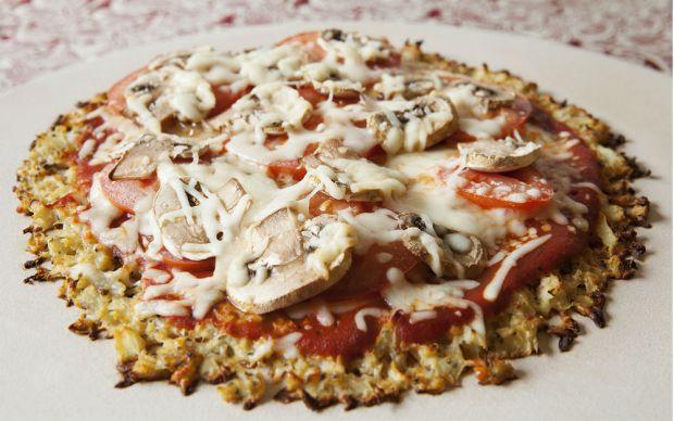 https://yemek.com/tarif/karnabahar-pizza/ | Karnabahar Pizza Tarifi