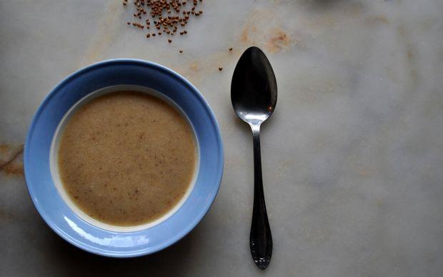 https://yemek.com/tarif/karabugdayli-mercimek-corbasi/ | Karabuğdaylı Mercimek Çorbası Tarifi