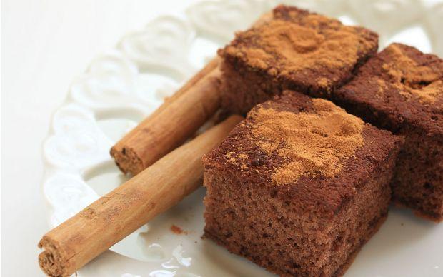 https://yemek.com/tarif/tarcinli-kek/ | Tarçınlı Kek Tarifi