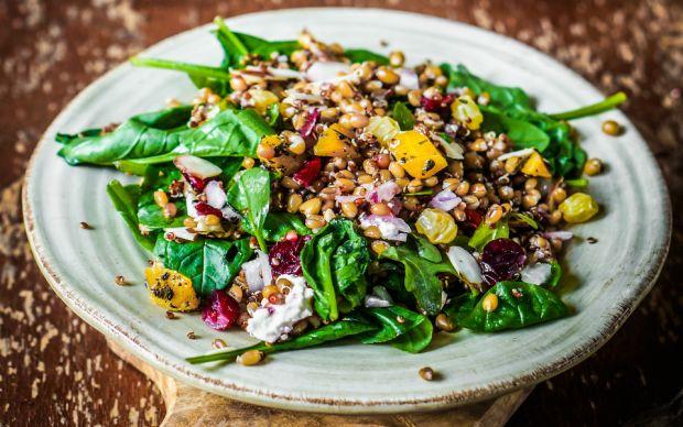 https://yemek.com/tarif/mercimekli-ispanak-salatasi/ |Mercimekli Ispanak Salatası Tarifi