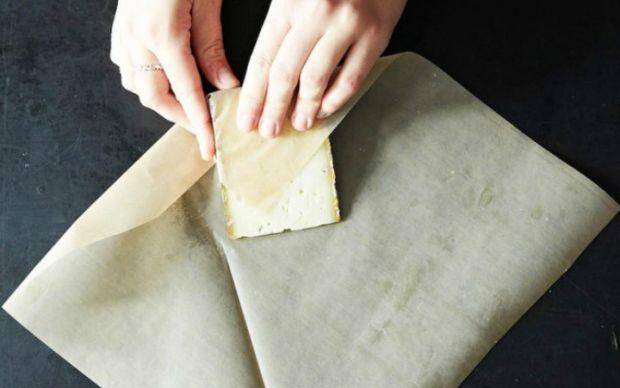 http://lifehacker.com/the-right-way-to-wrap-cheese-for-maximum-freshness-1501495938 | lifehacker