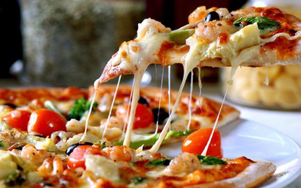 pizza-sekse-benzer-manset
