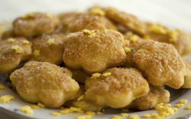 https://yemek.com/tarif/tereyagli-kurabiye/ | Tereyağlı Kurabiye Tarifi