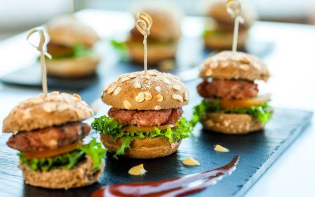 https://yemek.com/tarif/mini-burger | Mini Hamburger Tarifi