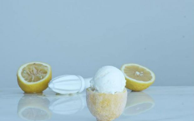 https://yemek.com/tarif/limonlu-dondurma | Limonlu Dondurma Tarifi