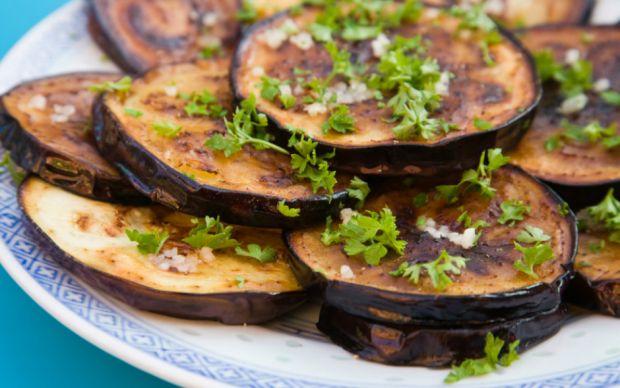 https://yemek.com/tarif/patlican-kizartmasi/   Patlıcan Kızartması Tarifi