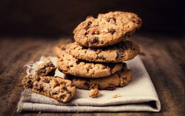 kurabiye-hamuru-pisirmek