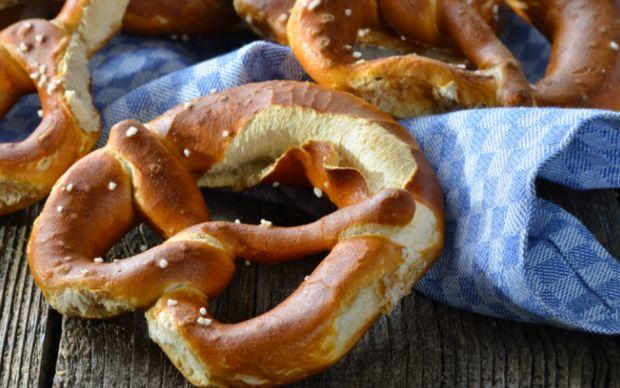 https://yemek.com/tarif/pretzel | Pretzel Tarifi