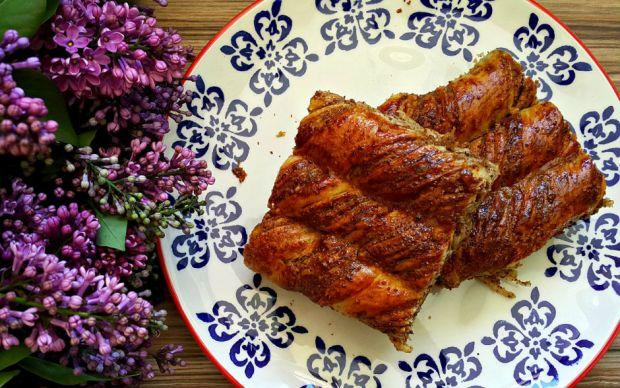 https://yemek.com/tarif/amasya-coregi/ | Amasya Çöreği Tarifi