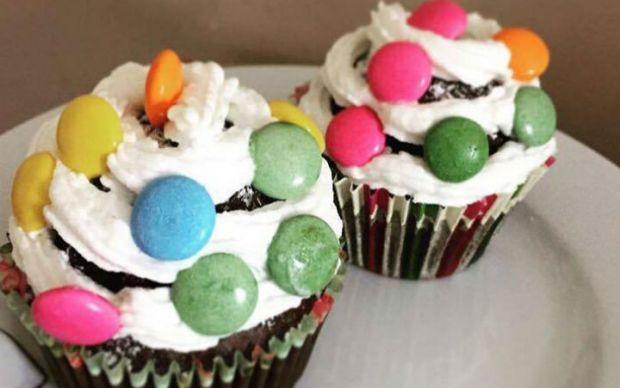 Renkli Cupcake Tarifi