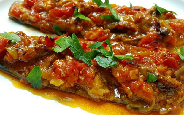 https://yemek.com/tarif/zeytinyagli-patlican | Zeytinyağlı Patlıcan Tarifi
