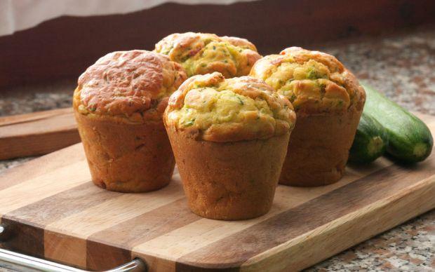 https://yemek.com/tarif/kabakli-muffin/   Kabaklı Muffin Tarifi