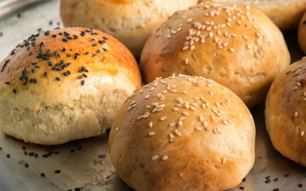 Kolay Hamburger Ekmeği Tarifi