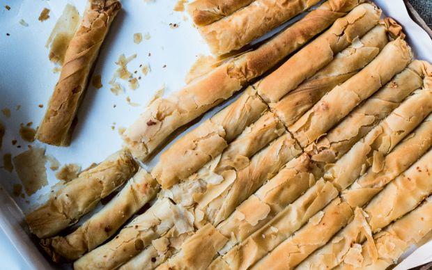 https://yemek.com/tarif/patatesli-kasarli-kalem-borek/ | Patatesli Kaşarlı Kalem Börek Tarifi