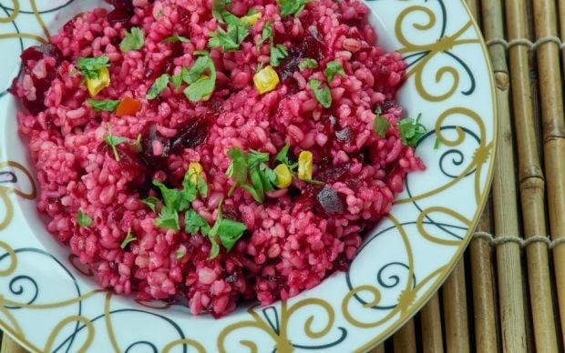 https://yemek.com/tarif/salgamli-bulgur-salatasi/   Şalgamlı Bulgur Salatası Tarifi