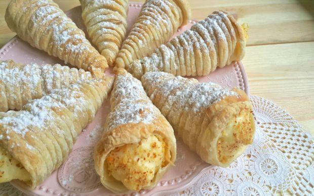 https://yemek.com/tarif/ev-yapimi-torpil-pasta/  Ev Yapımı Torpil Pasta Tarifi