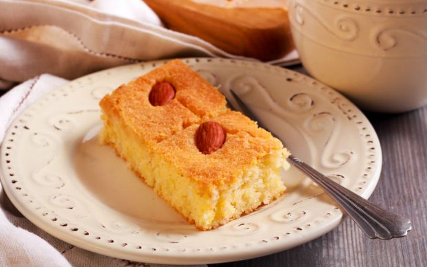 https://yemek.com/tarif/limonlu-yogurt-tatlisi/   Limonlu Yoğurt Tatlısı Tarifi
