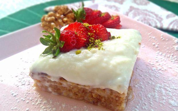 https://yemek.com/tarif/damla-sakizli-kibris-tatlisi/ | Damla Sakızlı Kıbrıs Tatlısı Tarifi