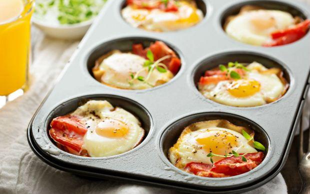 https://yemek.com/tarif/muffin-kalibinda-yumurta/   Muffin Kalıbında Yumurta Tarifi