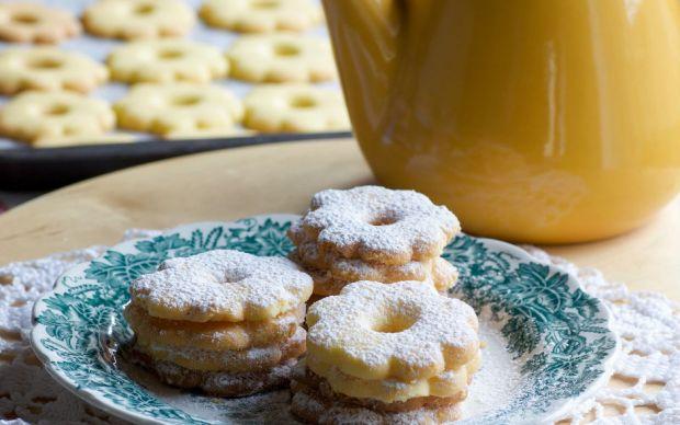 https://yemek.com/tarif/tam-olculu-kiyir-kiyir-kurabiye/  | Tam Ölçülü Kıyır Kıyır Kurabiye Tarifi