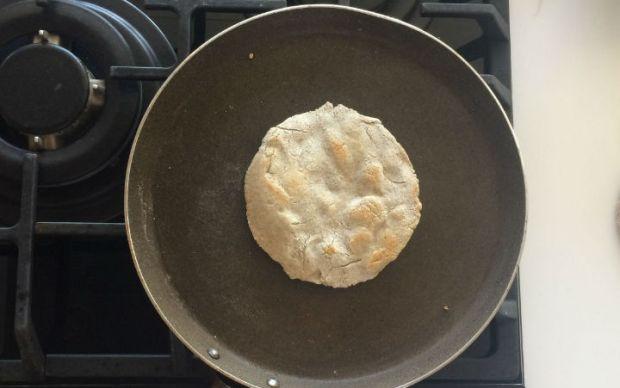 Üç Malzemeli Ekmek Tarifi